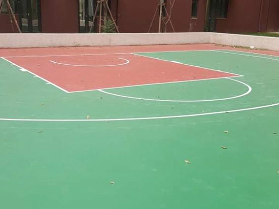 越秀星汇蓝海篮球场