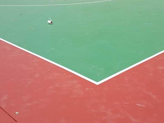 长白越秀小区篮球场