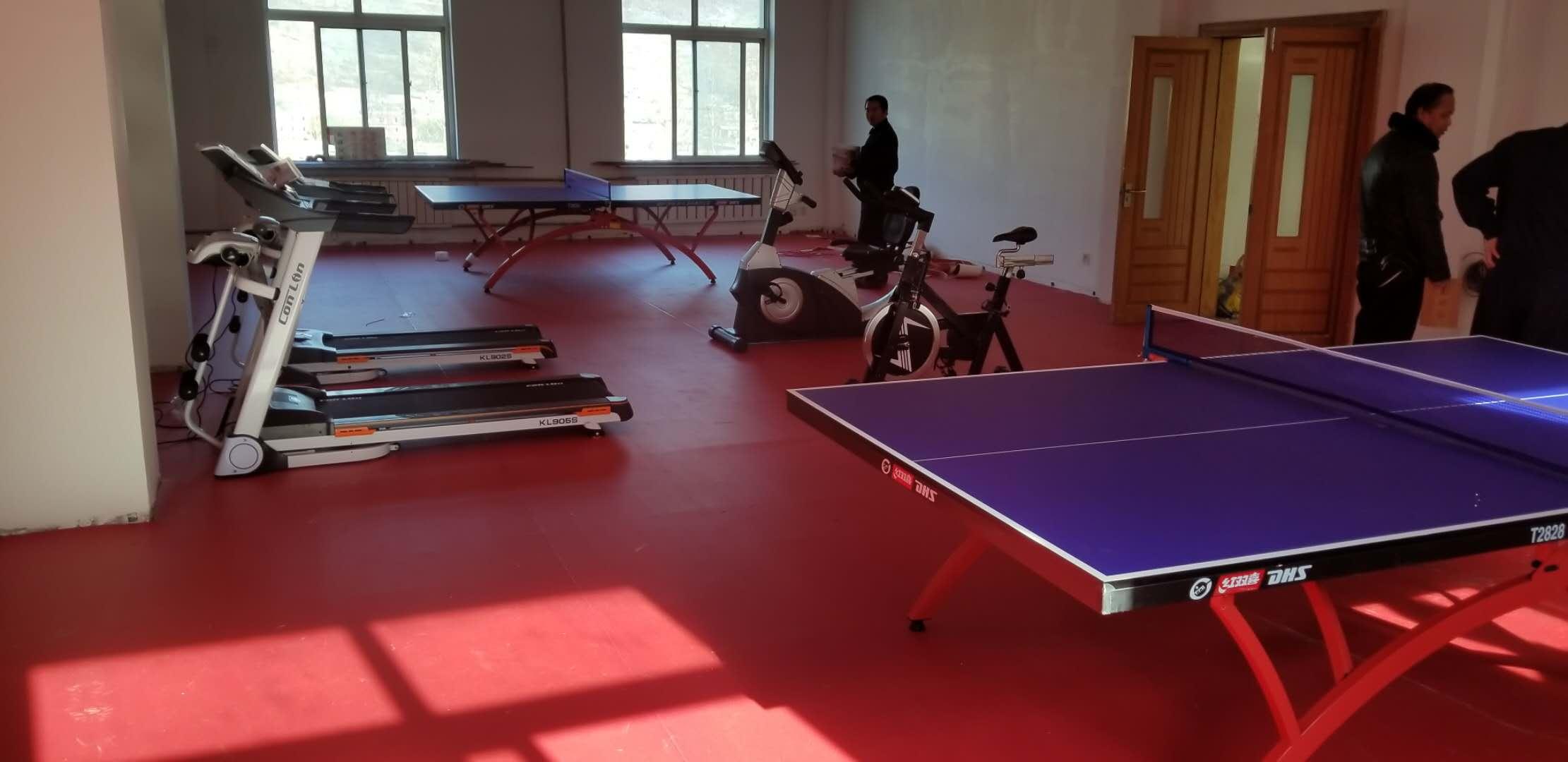 本溪山水工源水泥厂室内健身室