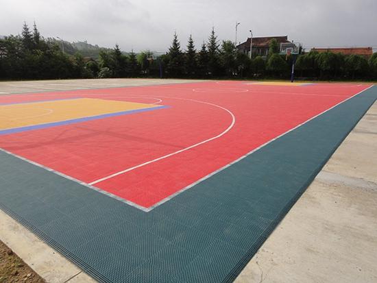吉林通化悬浮千赢国际客户端篮球场